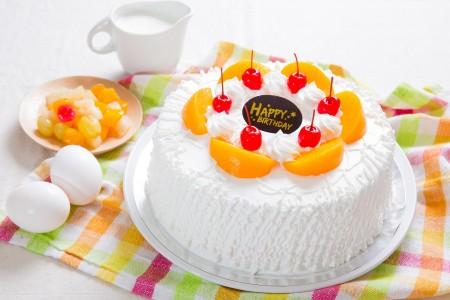 鮮奶油水蜜桃蛋糕